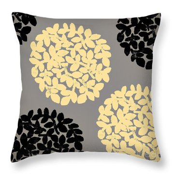 English Garden Retro Flower Pattern Throw Pillow