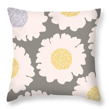 English Garden White Flower Pattern Throw Pillow