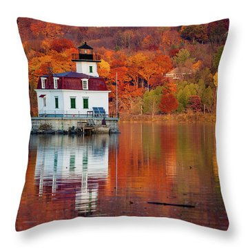 Throw Pillow featuring the photograph Esopus Lighthouse In Late Fall #2 by Jeff Severson