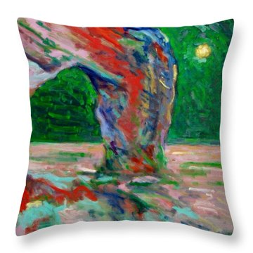 Etretat-6 Throw Pillow