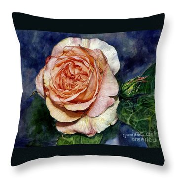 Evelyn Throw Pillow
