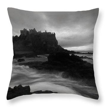 Evening At Dunluce Throw Pillow by Roy  McPeak
