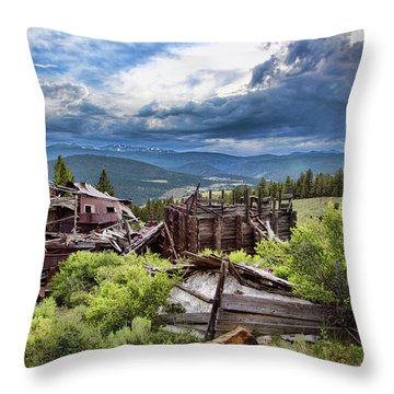 Evening Clouds At The Red Bandana Throw Pillow