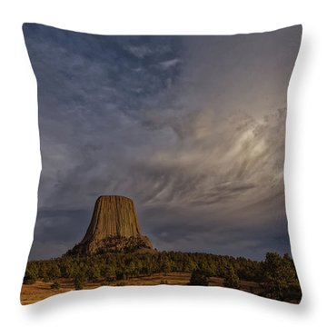 Evening Time At Devils Tower Throw Pillow