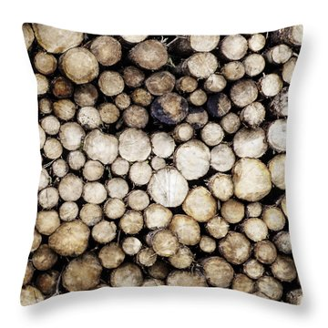 Ever Decreasing Circles Throw Pillow