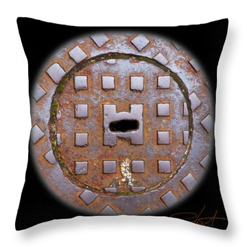 Face 2 Throw Pillow