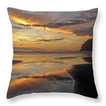 Face Rock Beauty Throw Pillow