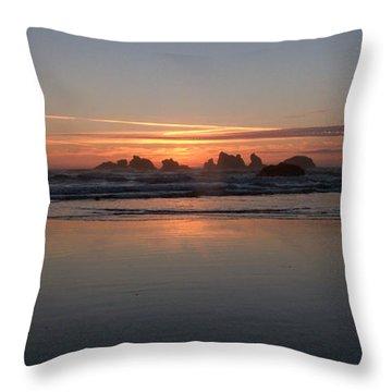 Face Rock Panorama Throw Pillow