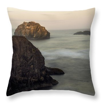 Face Rock Sunrise Throw Pillow