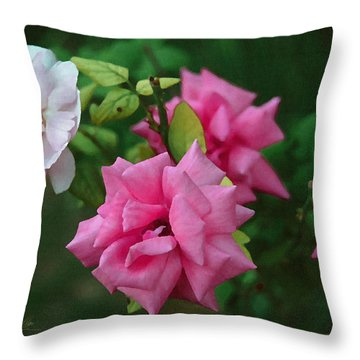 Fake Painting Of Roses Throw Pillow