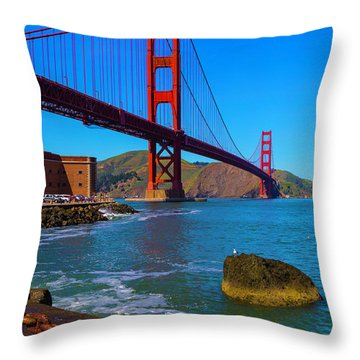 Famous Golden Gate Bridge Throw Pillow