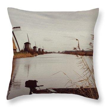 Famous Windmills At Kinderdijk, Netherlands Throw Pillow