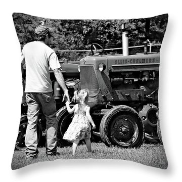 Father/daughter Day Throw Pillow