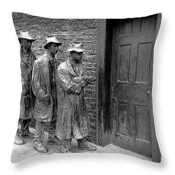 Fdr Memorial Breadline Throw Pillow