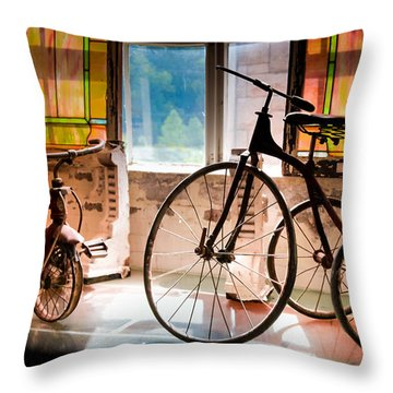 Feeling The Sounds Of Yesterday Throw Pillow