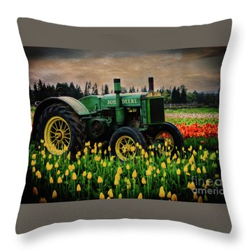 Field Master Throw Pillow