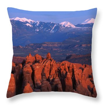 Fiery Furnace And La Sal Mountains Throw Pillow