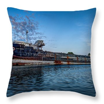 Final Mooring For The Algoma Transfer Throw Pillow