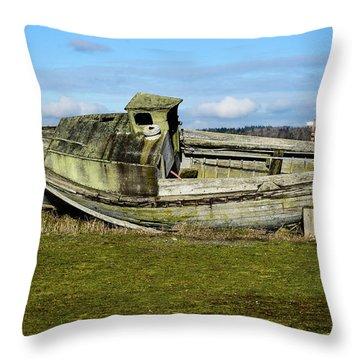 Final Port Throw Pillow