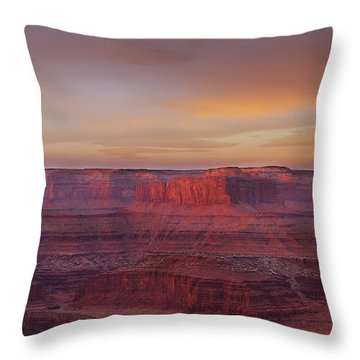 Throw Pillow featuring the photograph First Light At Horseshoe Bend by Marie Leslie