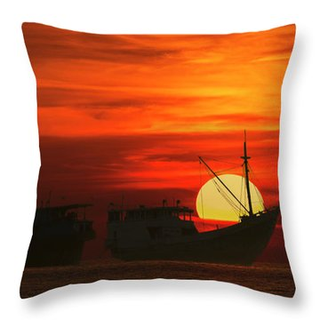 Throw Pillow featuring the photograph Fishing Boats In Sea by Pradeep Raja Prints
