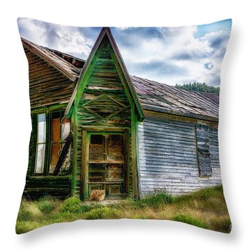 Throw Pillow featuring the photograph Fixer Upper by Bitter Buffalo Photography