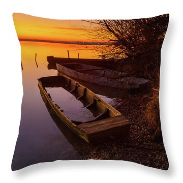 Flame Of Dawn Throw Pillow