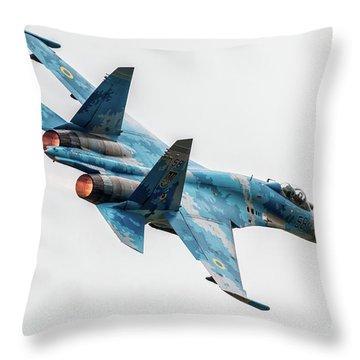 Sukhoi Throw Pillows