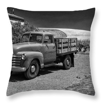 Flat Bed Chevrolet Truck Dsc05135 Throw Pillow