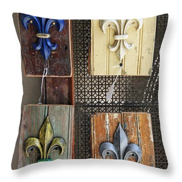 Fleurs-de-lis Throw Pillow
