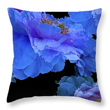 Throw Pillow featuring the photograph Floating Bouquet 10 by Lynda Lehmann