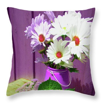 Floral Art 335 Throw Pillow