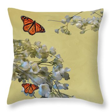Floral05 Throw Pillow