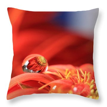 Flower Reflection In Water Drop Throw Pillow