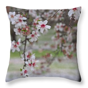 Flowers-like Snow Throw Pillow