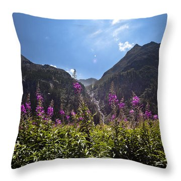 Flowers Line Throw Pillow