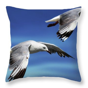 Flying High 0064 Throw Pillow by Kevin Chippindall