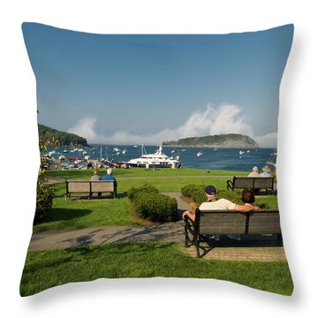 Fog Show Over The Porcupine Islands Throw Pillow