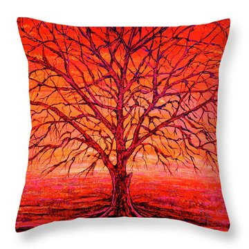 Foggy Red Throw Pillow