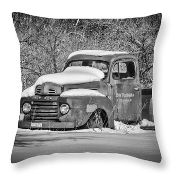 Ford Truck 2016-1  Throw Pillow