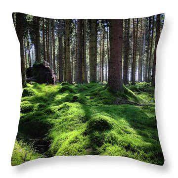 Forest Of Verdacy Throw Pillow