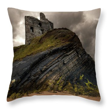 Forgotten Castle In Ballybunion Throw Pillow