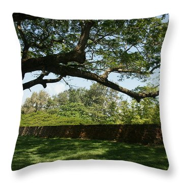 Fort Galle Throw Pillow