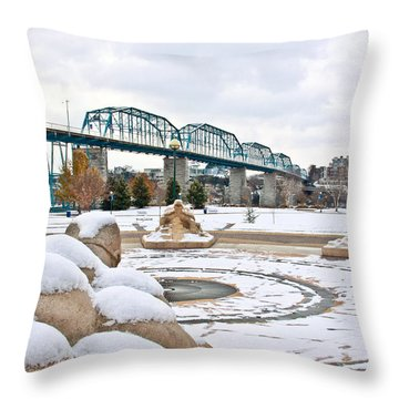 Fountain In Winter Throw Pillow