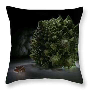 Fractal Supper Throw Pillow