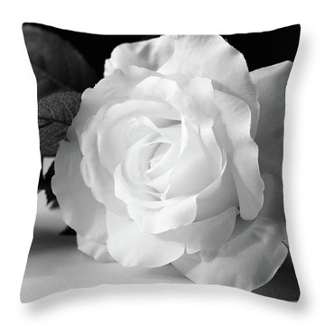 Fragrant Bloom Throw Pillow