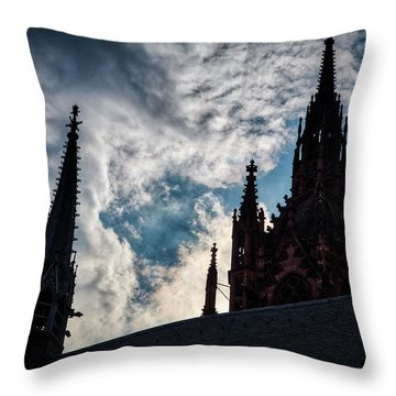 Frankfurt Cathedral Throw Pillow