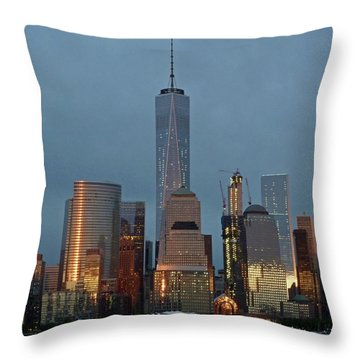 Freedom Tower At Dusk Throw Pillow