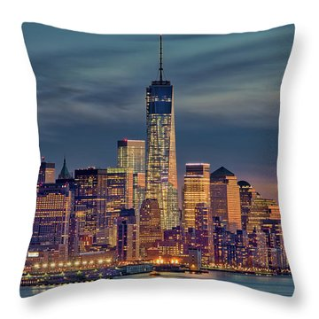 Freedom Tower Construction End Of 2013 Throw Pillow