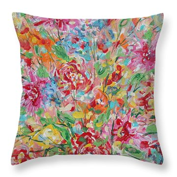 Fresh Flowers. Throw Pillow